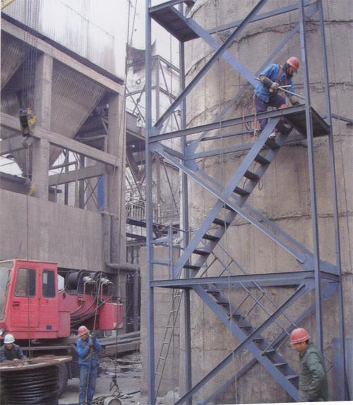 达州烟囱安装旋转爬梯公司欢迎您